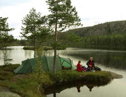 hilleberg-kaitum-gt-by-lake