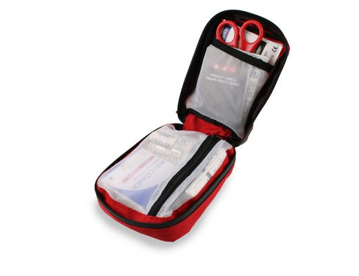 lifesystems-trek-firstaid-kit-open